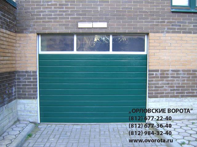гаражные ворота секционные с остеклением hormann